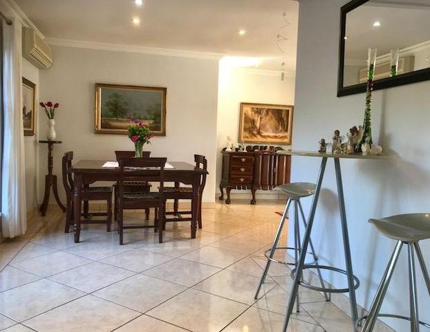 6 Bedroom House For Sale in Kloof | Acutts Estate Agents