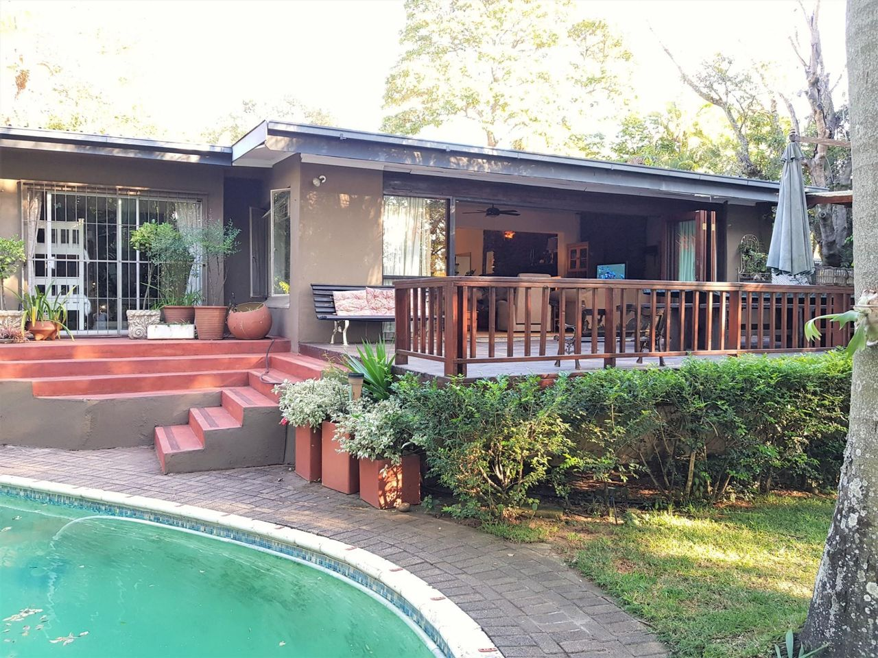 Bedroom house for sale in nelspruit ext acutts estate agents